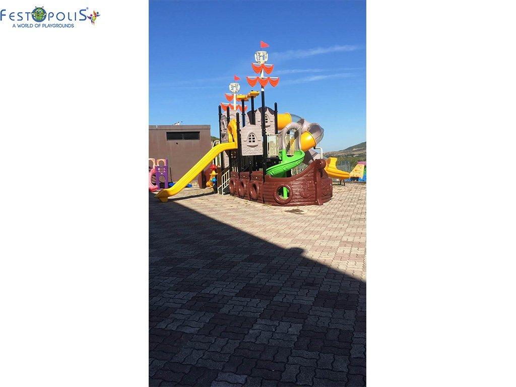 Playground Da Esterno Per Stabilimenti Balneari, Villaggi Turistici e Aree Gioco Esterne. Bellissima grafica caratterizzata dal mondo marino.-11-FEPE 17120 A