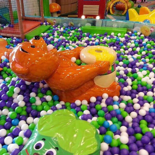 Giochi Da Interno: Piscine con palline