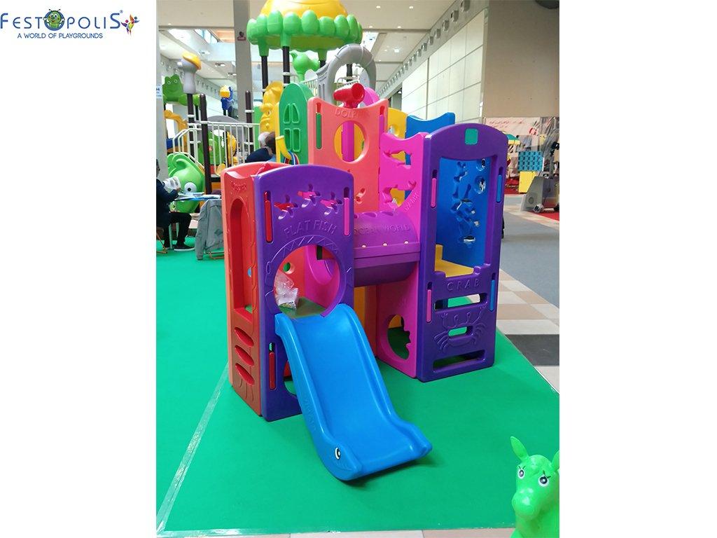Gioco in plastica playcenter multicolor in polietilene costituito da passaggi, un tunnel, due scivoli. Ideale per aree gioco interne ed esterne.-5-FEGP 004 B