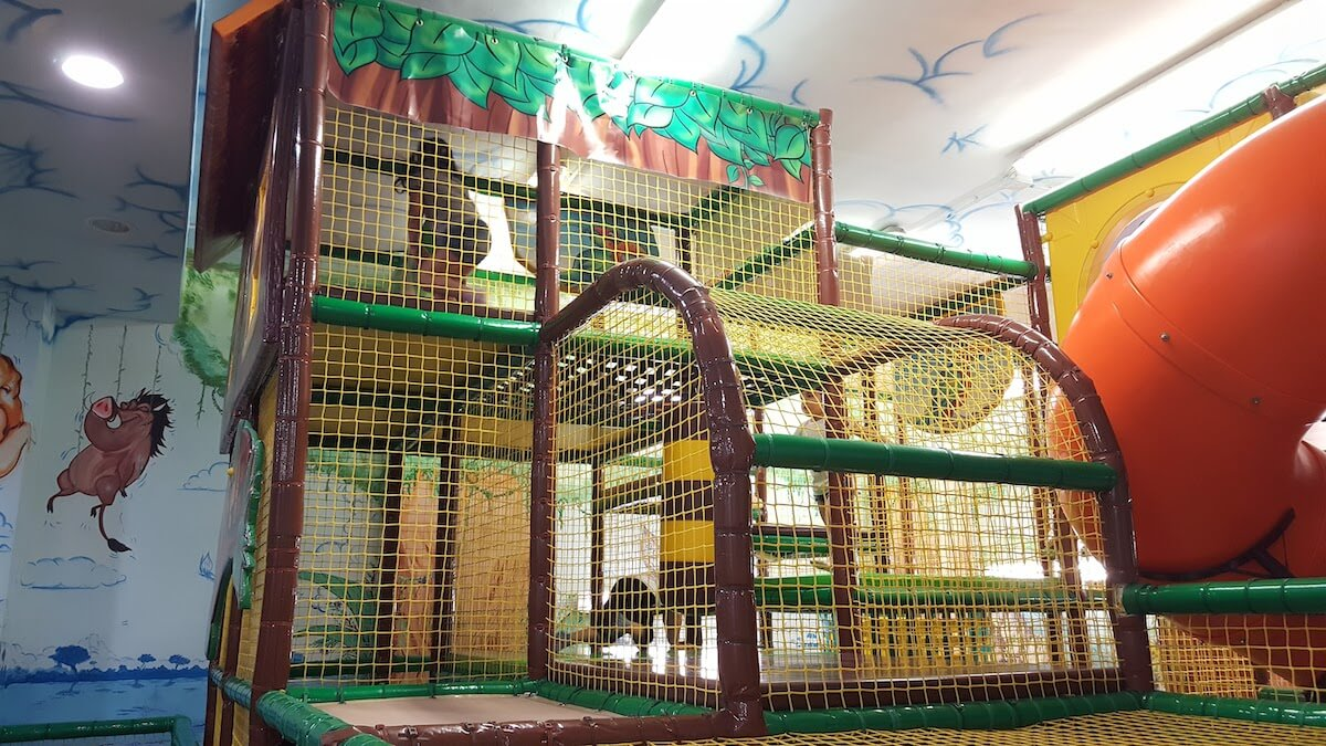 playground interno professionale hakuna matata 2