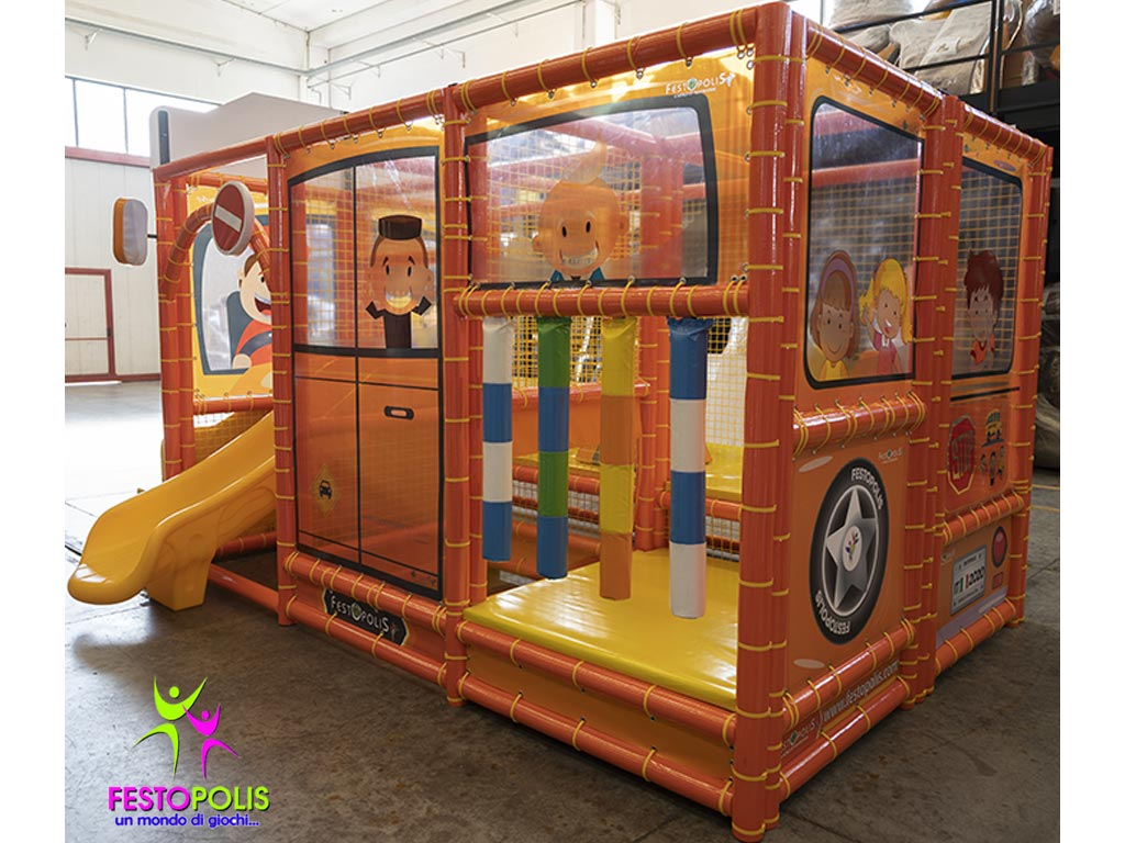 Playground Interno Scuola Bus FEPI 606 7