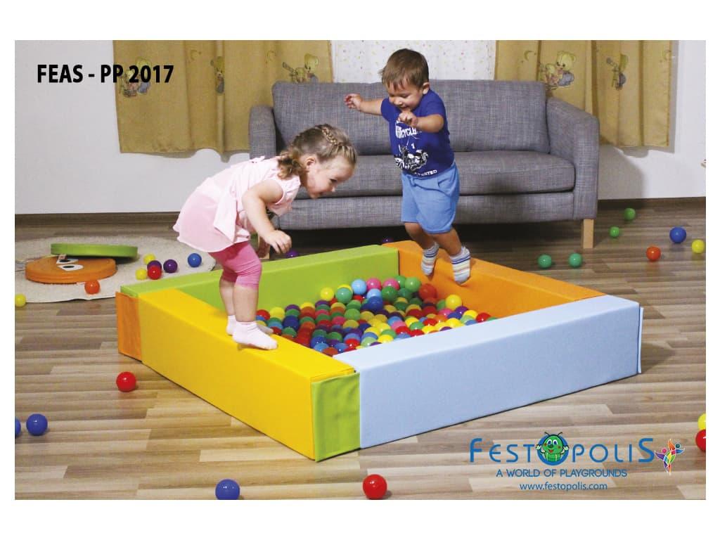 giochi morbidi per area soft piscina con palline bambini feas pp2014 feas pp2017