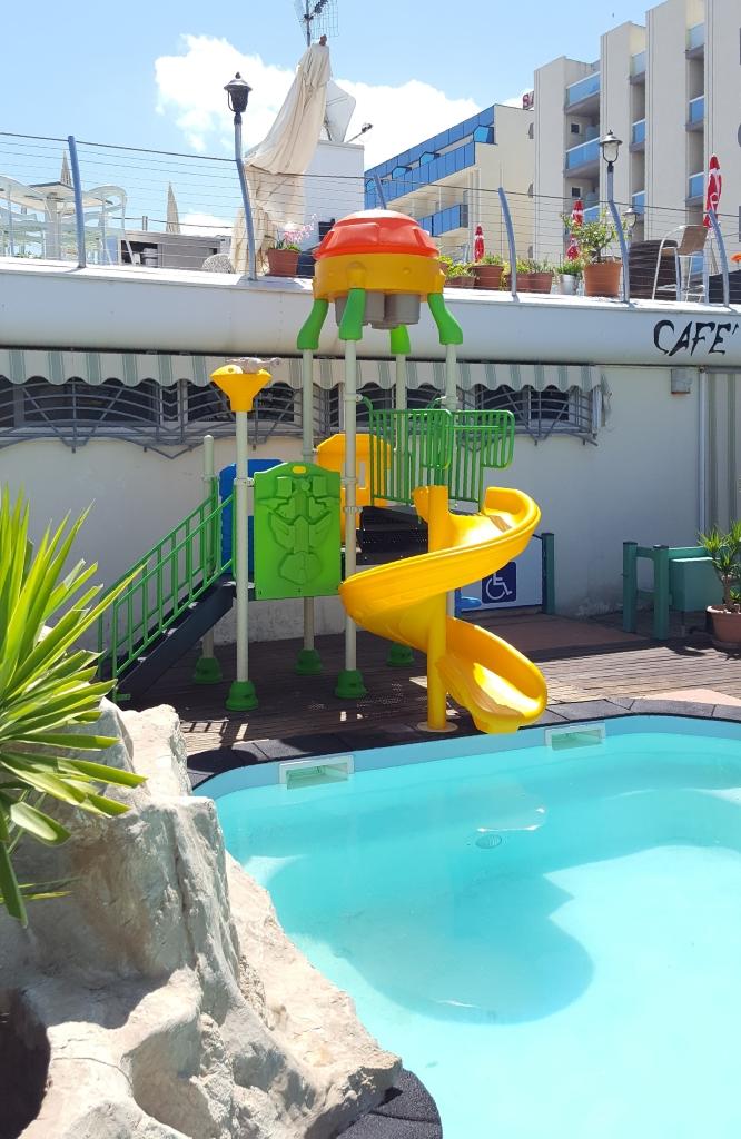 FEPE 16212 B scivolo acquatico scivolo per piscina sito 3